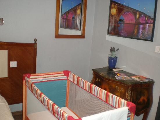 Arnaud Bernard Hotel : chambre
