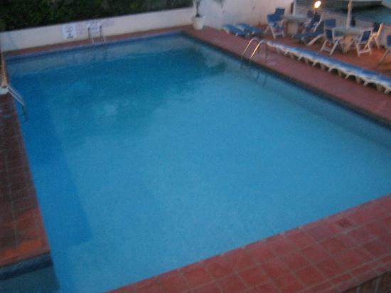 South Gap Hotel: The hotel's swimming pool