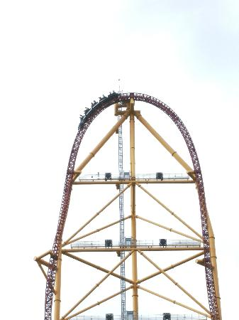 Cedar Point Amusement Park: At 420 feet up on the Top Thrill Dragster