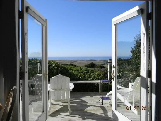 Mendocino Seaside Cottage: Honeymoon View from King Bed