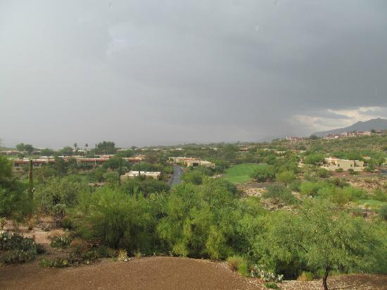 Hilton Tucson El Conquistador Golf & Tennis Resort: looking north from building #3