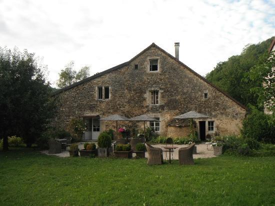 maison et jardin - Picture of La Grange a Nicolas, Baume-les ...