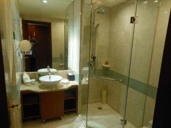 Shenzhenair International Hotel: Good working shower in the bathroom