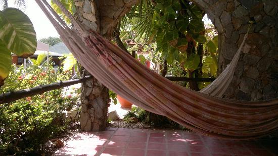 Hotel Coco Paraiso: terraza de nuestra habitacion