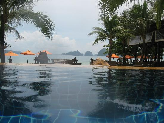 Amari Vogue Krabi: pool