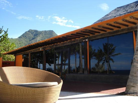 IKIN Margarita Hotel & Spa: Area aledaña a la piscina