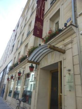 Hotel Concortel: Vooraanzicht hotel
