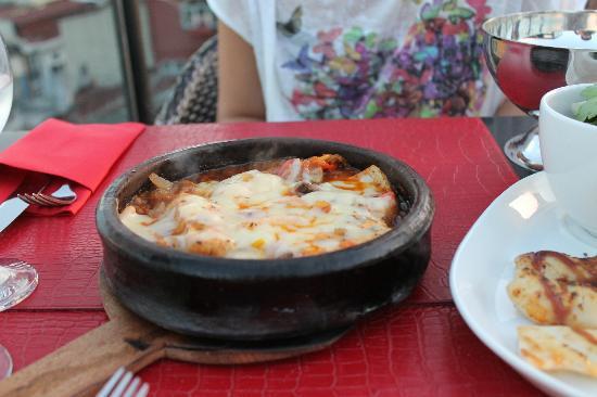 Tria Elegance Restaurant : Fish Casserole