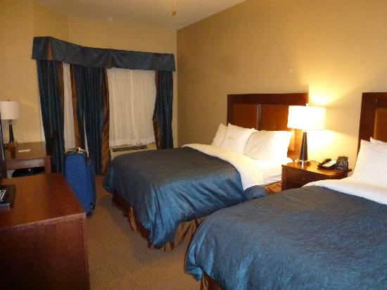 Homewood Suites by Hilton Fayetteville: Bedroom