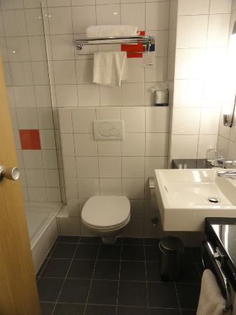Park Inn by Radisson Thurrock: la salle de bain