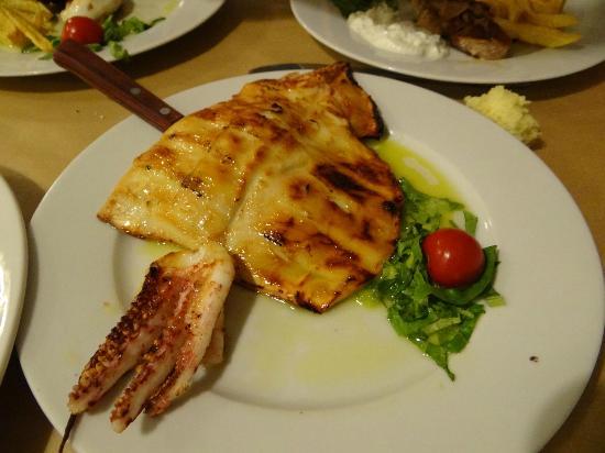 Savvas Popeye Taverna: Calamar a la brasa