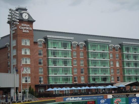 هيلتون جاردن إن مانشستر داونتاون: The hotel as seen from the Stadium