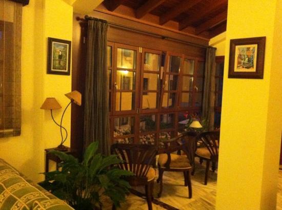 Hotel Valle Las Luinas: zona común