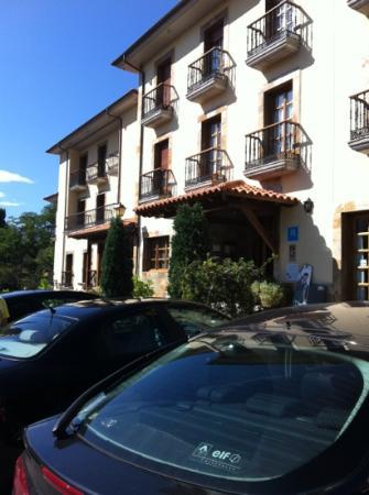 Hotel Valle Las Luiñas: ezterior