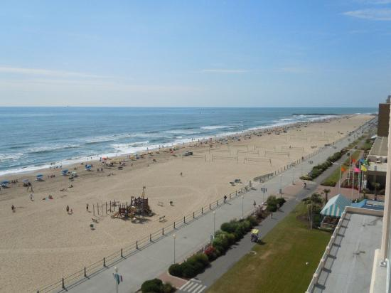 Hampton Inn Virginia Beach-Oceanfront South: Wish you were here, and I wish I was there too!
