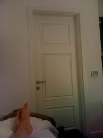 Hotel Zenit Budapest Palace: la porte de séparation de la partie adulte/ enfant