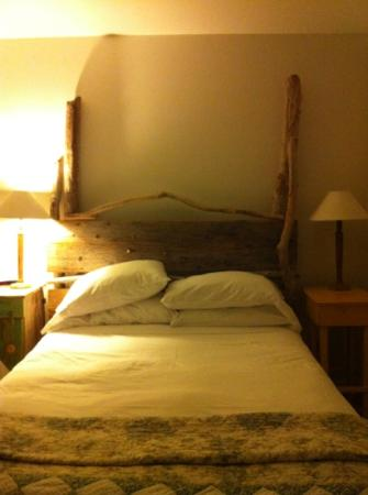 Oceanstone Resort: comfy bed