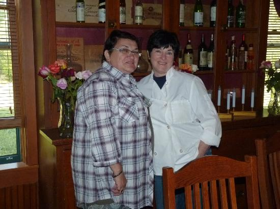 The Historic Elk Mountain Hotel: The Chef Susan Havers with one of our guests