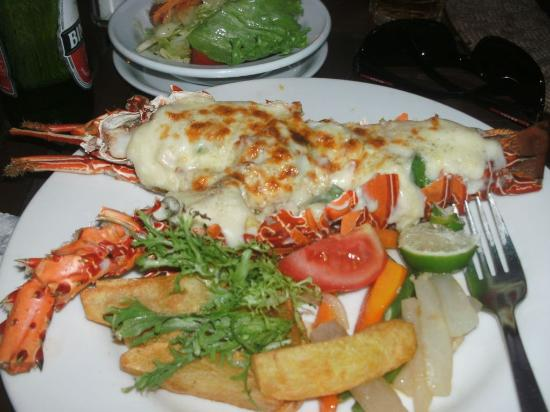 Besakih Beach Hotel: Lobster Mornay from the Restaurant at Besaki