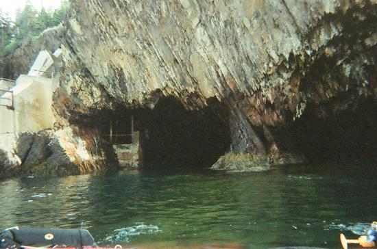 Pleasant Paddling: inside the caves