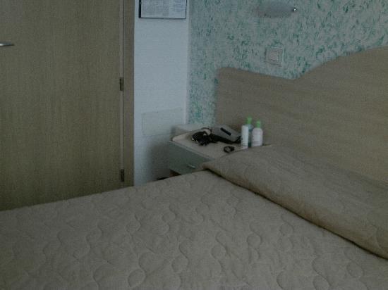 Hotel Romagna: Camera con letto matrimoniale
