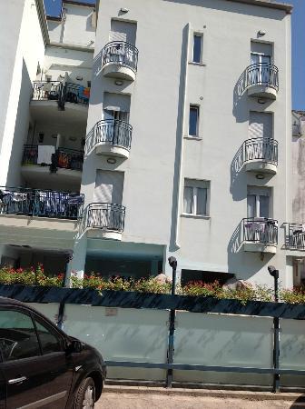 "Hotel Romagna: Facciata, Residence "" Le Vele """