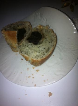 Le 1947 : le petit pain à la truffe... ou la truffe au petit pain !!