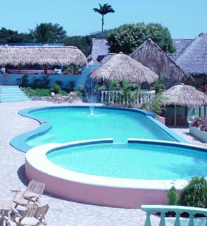 Bucanero: Area de piscina