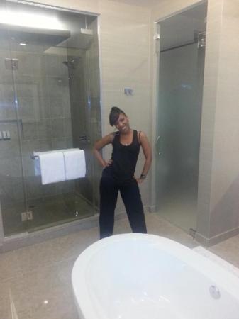 bathroom - Picture of ARIA Sky Suites, Las Vegas - Tripadvisor