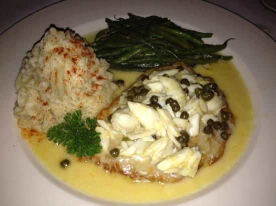 Photo of Italian Restaurant Tommy's Cuisine at 746 Tchoupitoulas St, New Orleans, LA 70130, United States