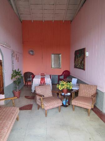 soggiorno e sala da pranzo - Picture of Casa Colonial Mercedes ...
