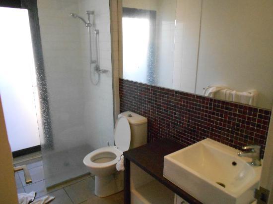 Oaks Cable Beach Sanctuary Resort: bathroom