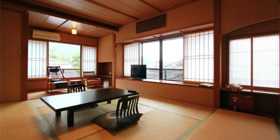 Yusakaso: 箱根湯本 湯さか荘