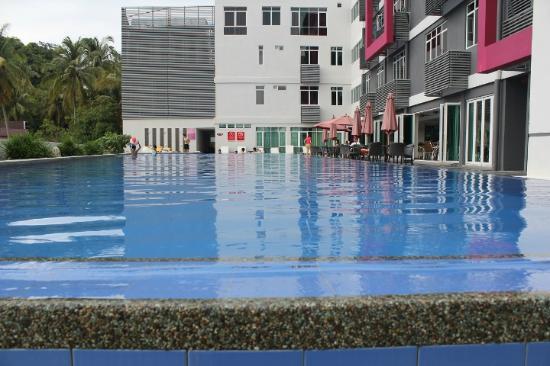 Favehotel Cenang Beach Pool