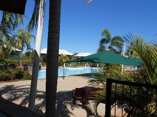 Oaks Cable Beach Sanctuary Resort: pool area