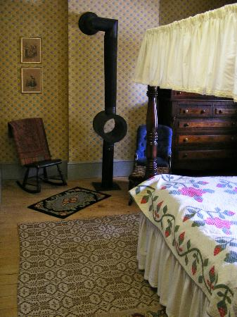 Gibson House Museum: Master Bedroom