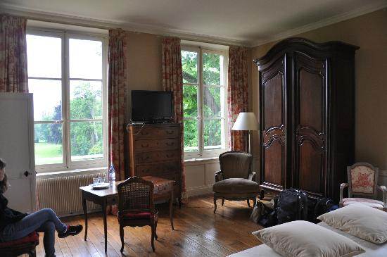 Le Pavillon St Martin : Beautiful views from a well-appointed but cozy room
