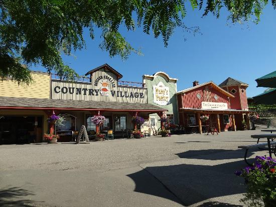 Davison Orchards Country Village : Shops - Davison Orchards