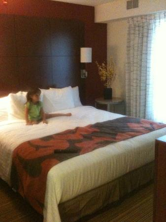 Residence Inn Waco: updated decor: main bedroom with king bed