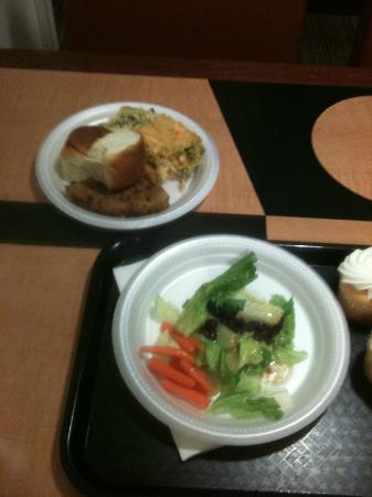 Residence Inn Waco: sample evening 'reception' - I call this a meal