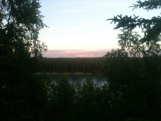 Kenai River Retreat: 9:40 p.m.