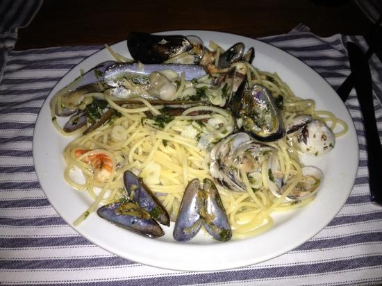 Il Giardino : espaguetis di mare. excelentes !!!