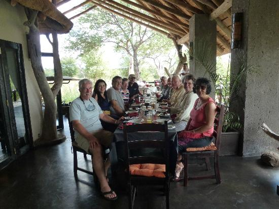Ezulwini Game Lodges: Reunion from 2008 and with our neighbours over breakfast