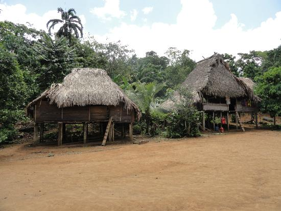 Embera Tours Panama: Typical home scenery