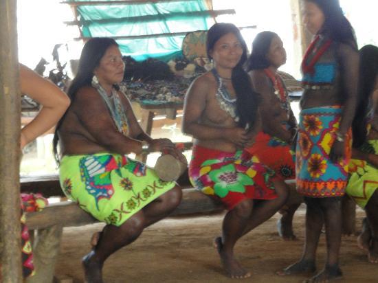 Embera Tours Panama: Embera Ladies