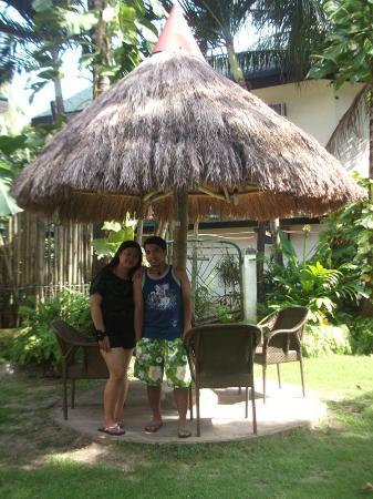 Tonglen Beach Resort : Nipa Huts