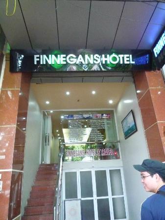 Hanoi Finnegans Hotel: Entrance