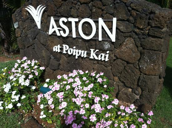 Aston at Poipu Kai: Entry to Resort
