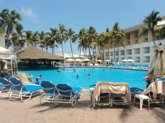 El Cid El Moro Beach Hotel: alberca