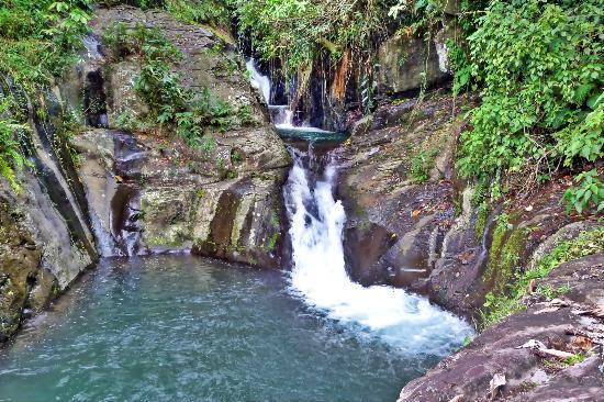 Kinaraha Cascades